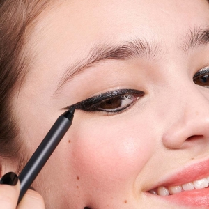 The Glitter Eye Pencil 401